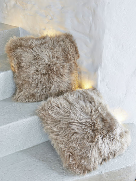Luxurious Sheepskin Cushion - Caramel