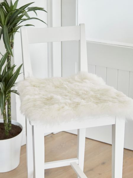 Shorthair Icelandic Sheepskin Seat Cover