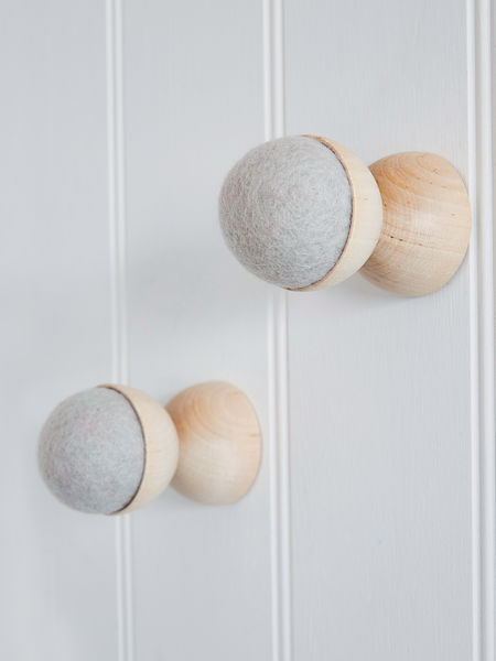 Hand-Crafted Wall Hanger - Soft Grey