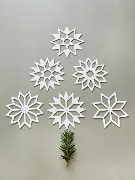 White Table Snowflakes