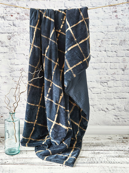 Tie-Dyed Velvet Quilted Throw - Midnight Blue