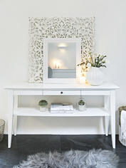 Nordin Console Table
