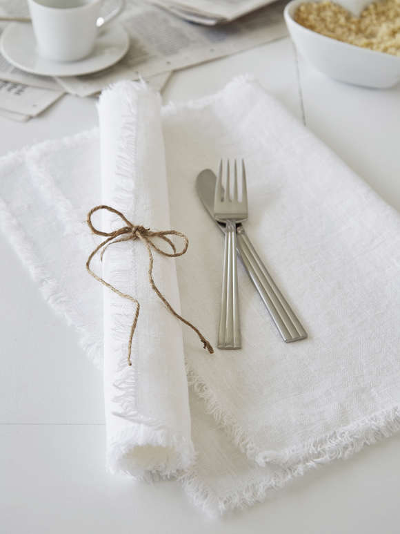 White Frayed Edge Linen Placemats
