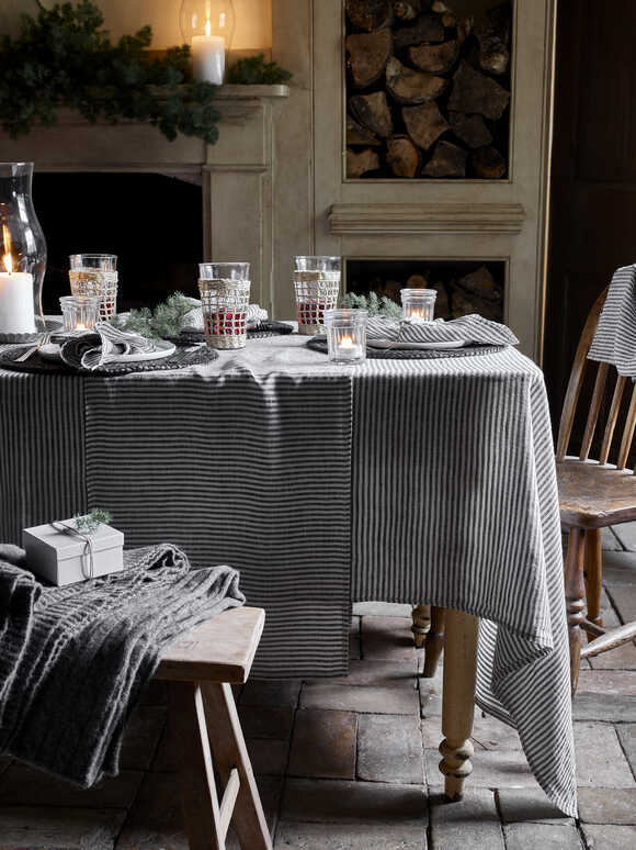 Black Stripe Linen Table Cloths