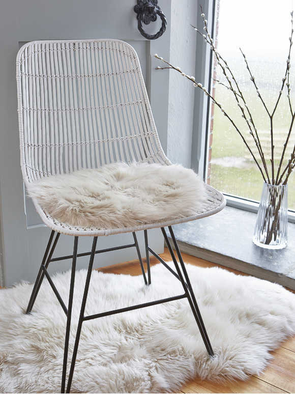 Luxurious Sheepskin Seat Cover - Champagne