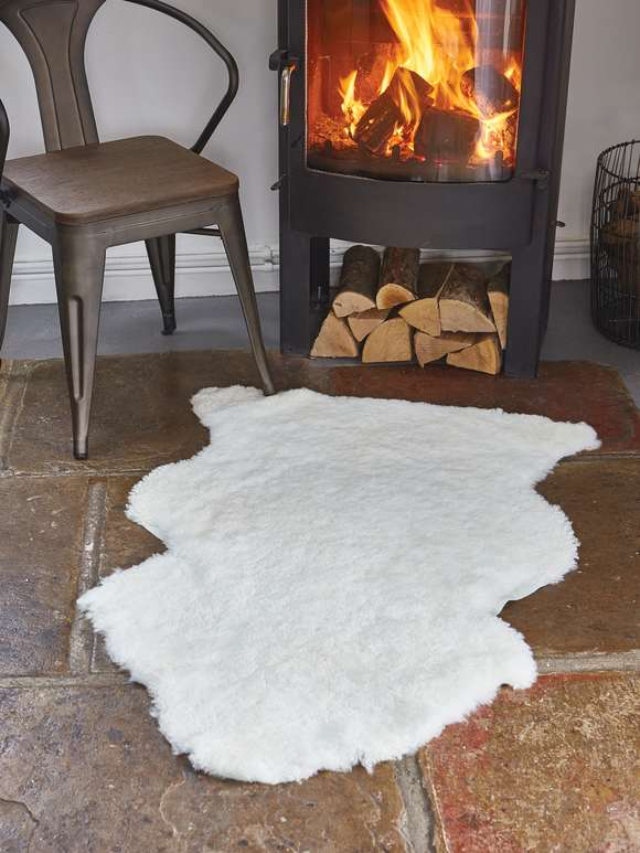 Luxurious Curly Sheepskin Rug - Ivory