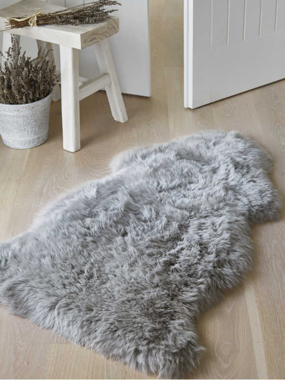 Luxurious Sheepskin Rug - Light Grey