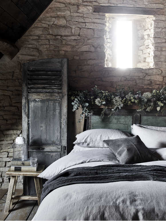 Pale Grey Linen Bedding
