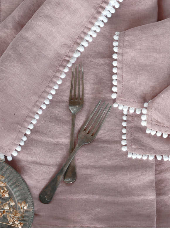Woodrose Pom Pom Table Linen