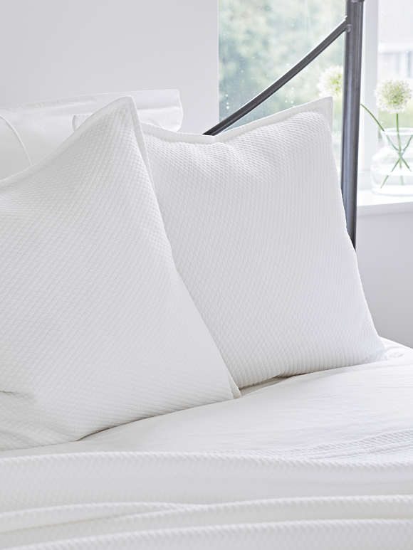 Quilted Cushion - Diamond White
