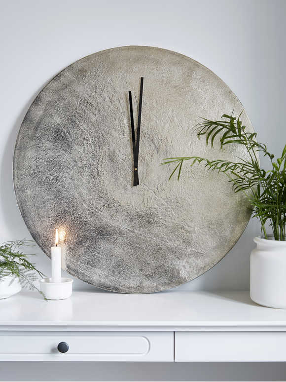 Sandblast Effect Wall Clock
