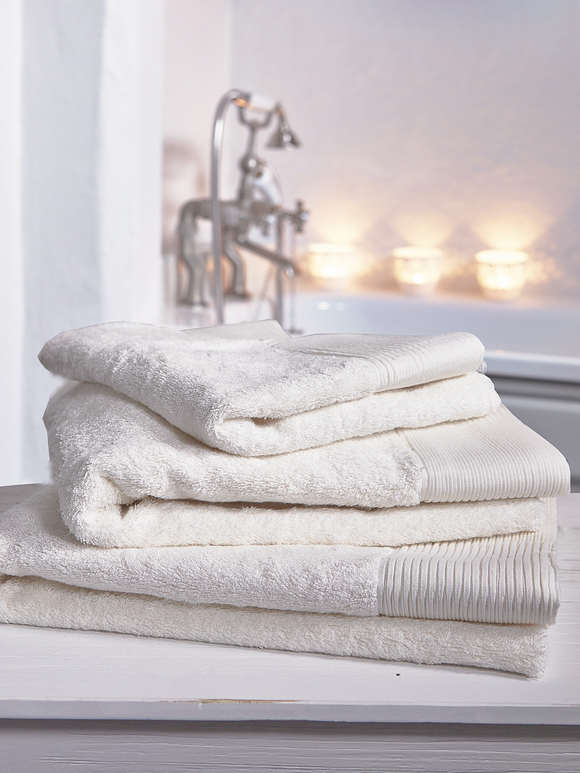Luxurious Soft Towels - Ivory