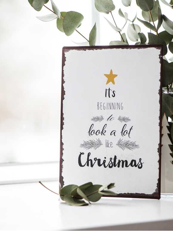 Metal Christmas Sign