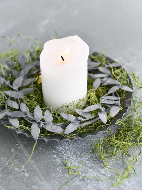 Zinc Mistletoe Candle Ring