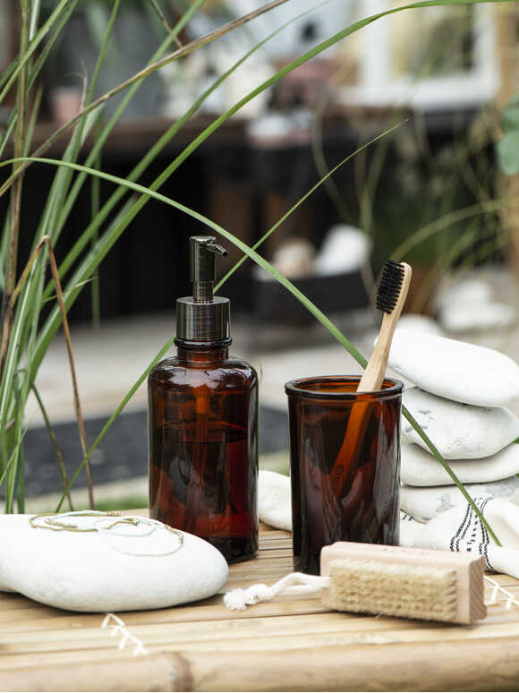 Apothecary Style Bathroom Set