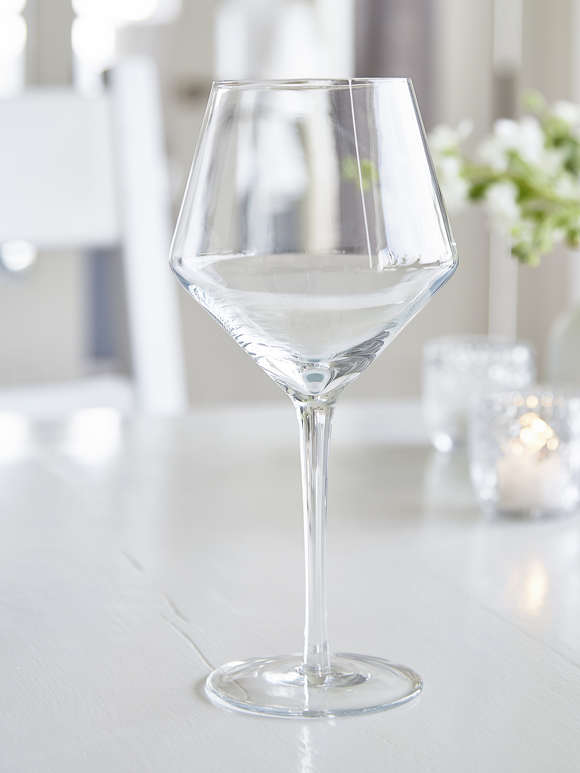 Elegant Etched Red Wine Glasses