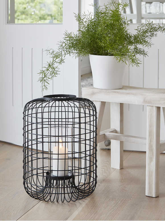 Chic Wire Hurricane Lantern