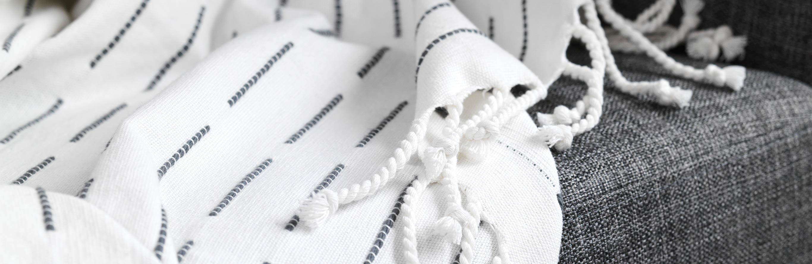 Nordic House  |  Pure Cotton Throw