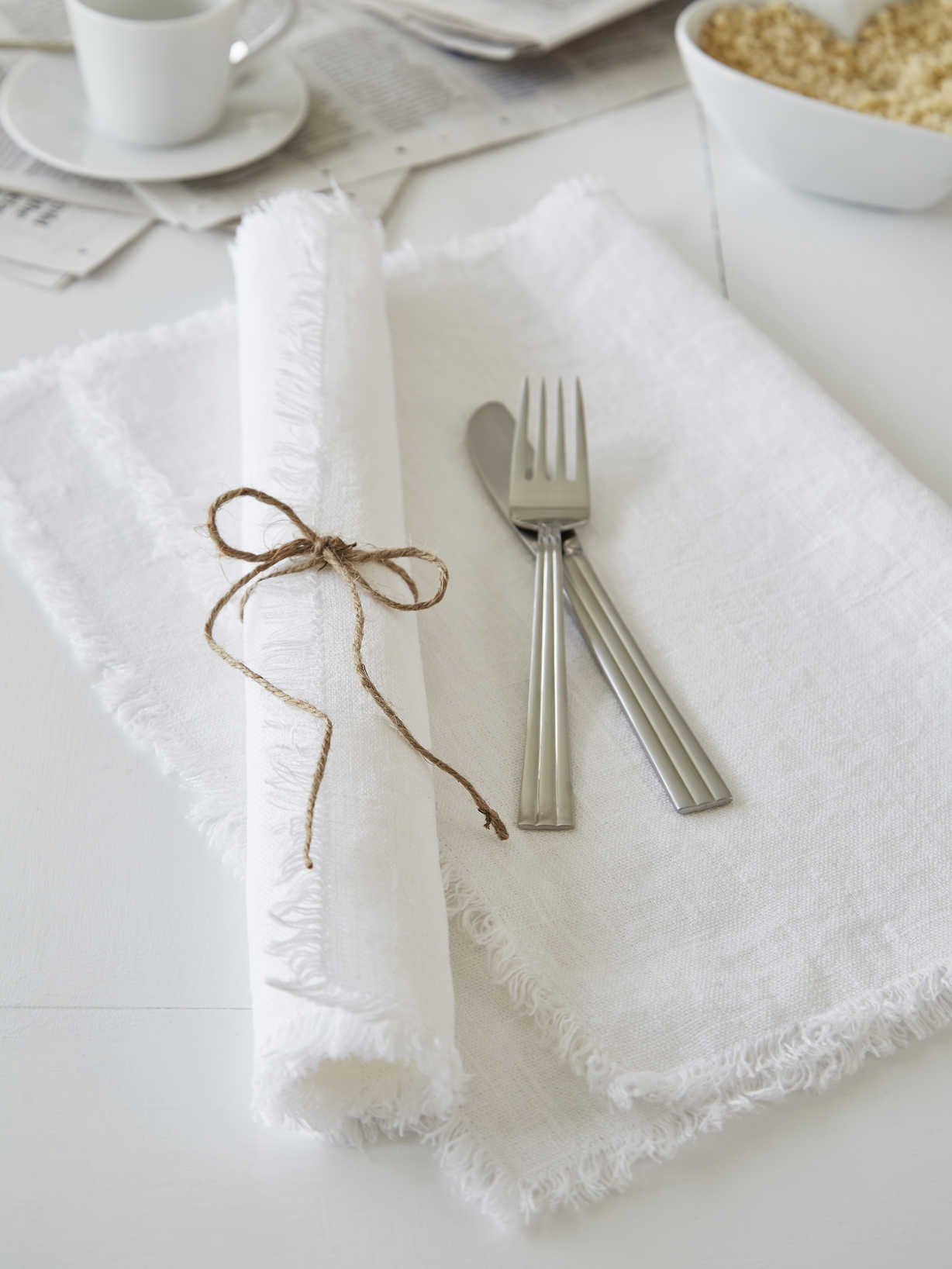 Nordic House White Frayed Edge Linen Placemats