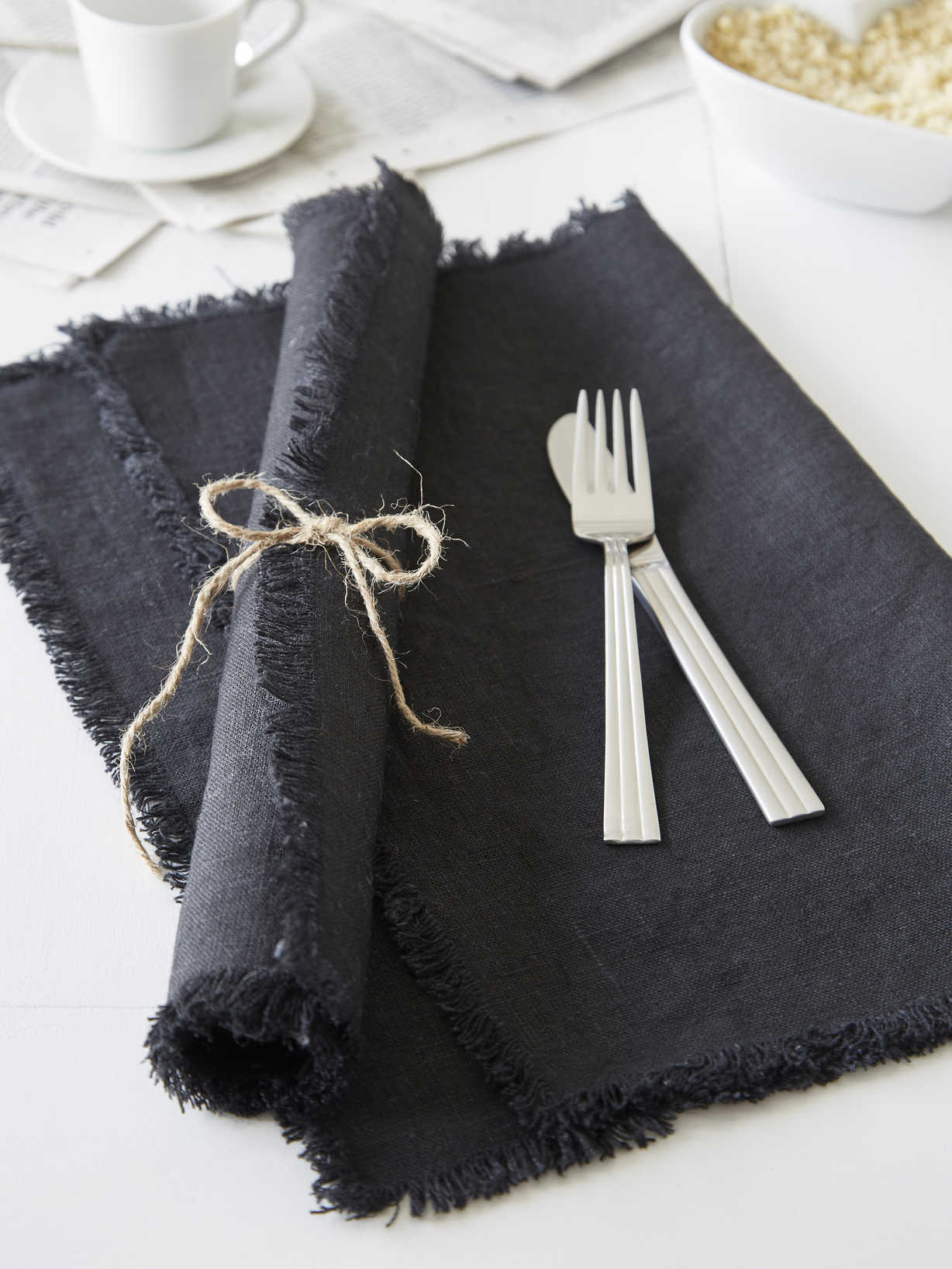 Nordic House Black Frayed Edge Linen Placemats