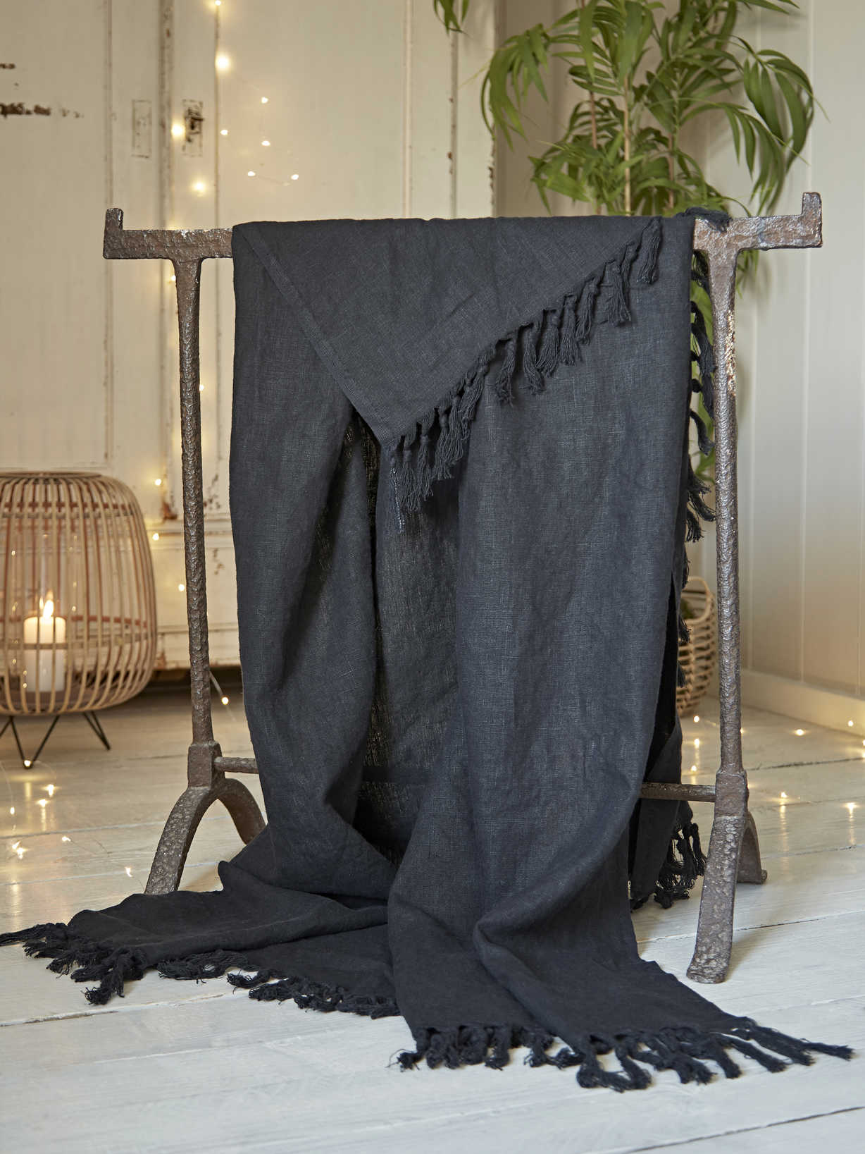 Nordic House Fringed Linen Throw - Black