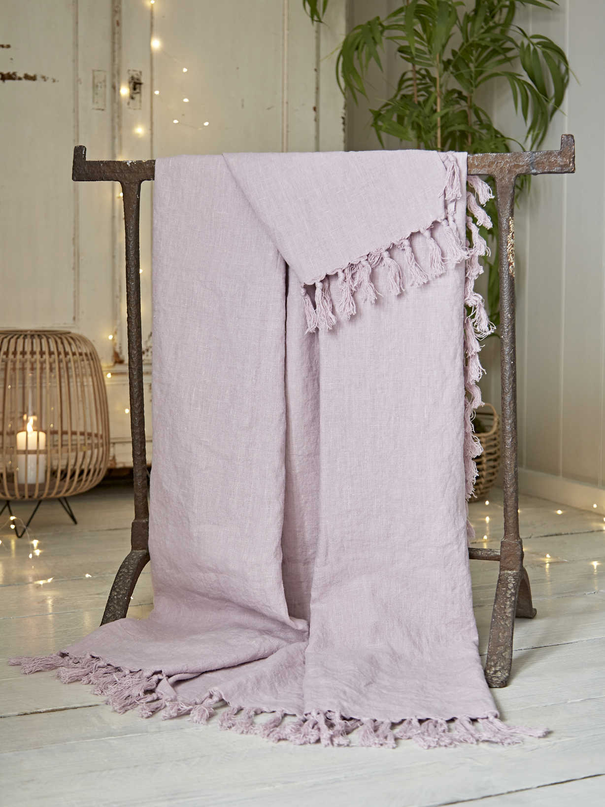 Nordic House Fringed Linen Throw - Heather Pink