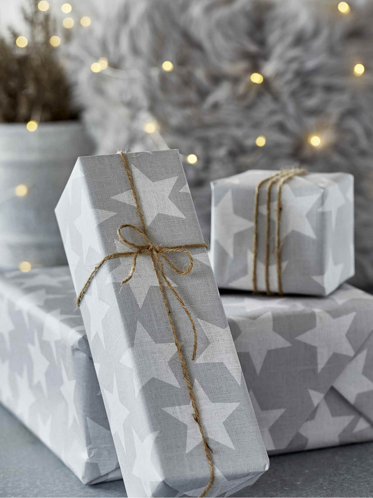 Nordic House Star Gift Wrap