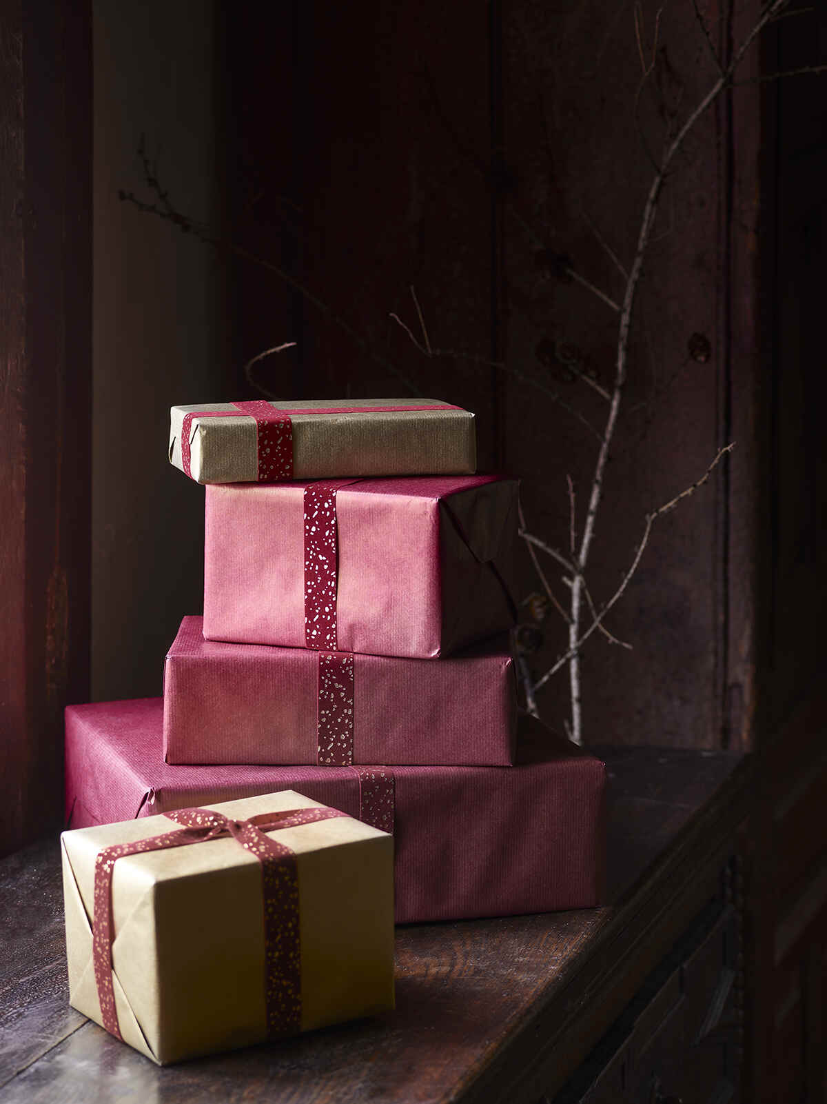 Nordic House Reversible Kraft Wrapping Paper
