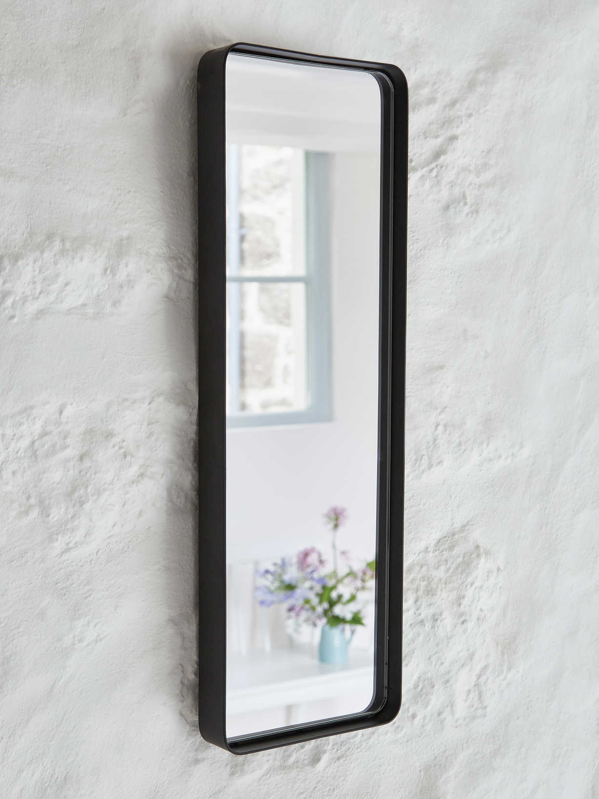 Nordic House Malmo Mirror - Black
