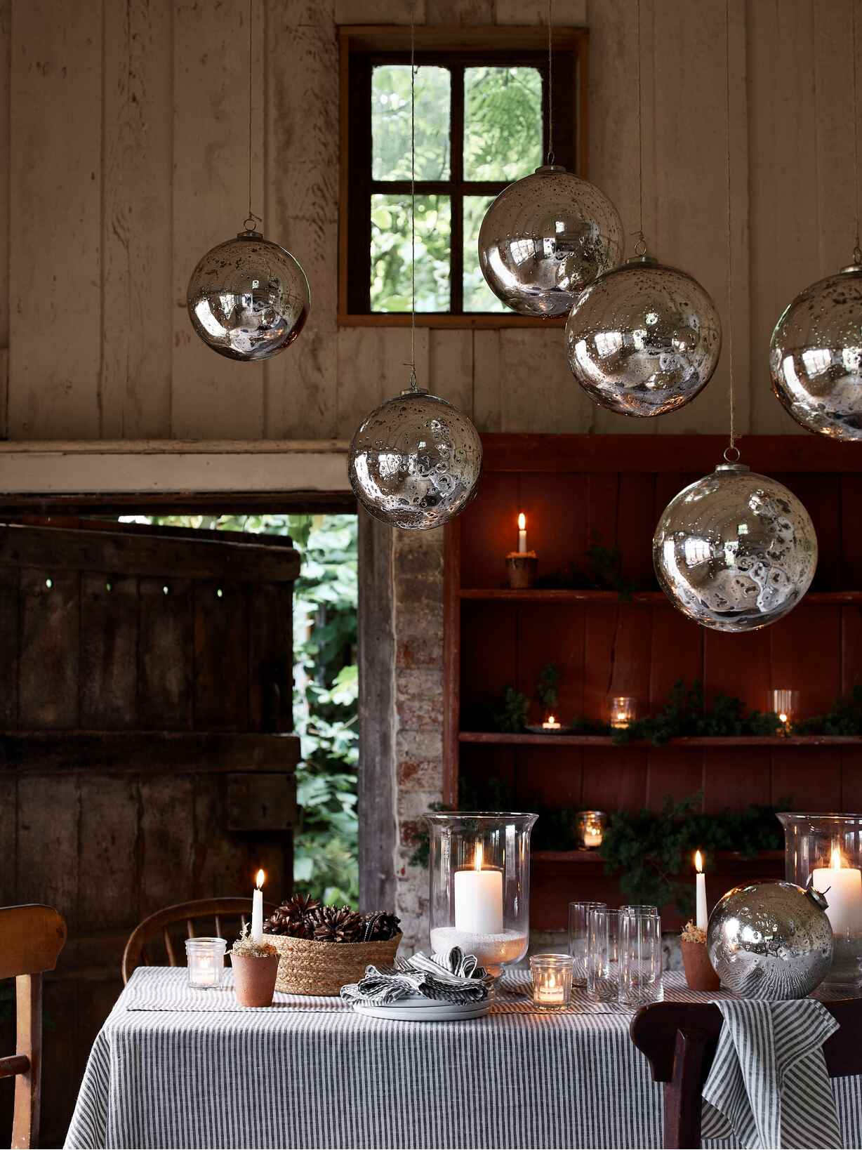 Nordic House Extra Large Mercury Silver Bauble
