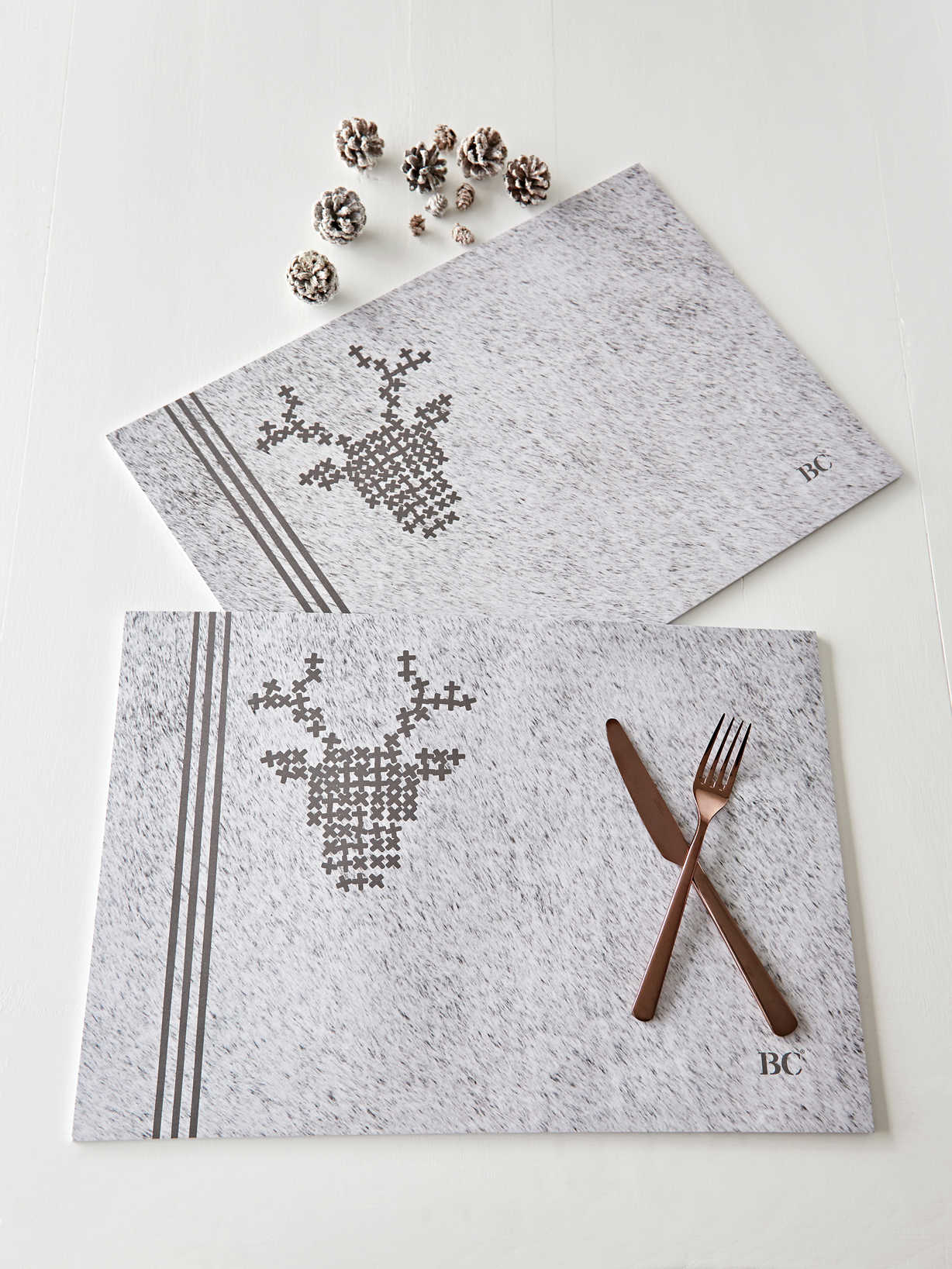Nordic House Nordic Paper Placemats - Pale Grey