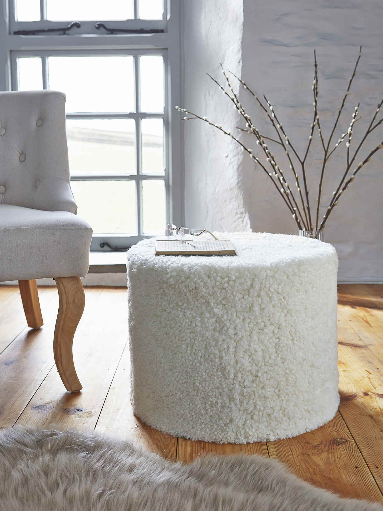 Nordic House Curly Sheepskin Pouf - Ivory