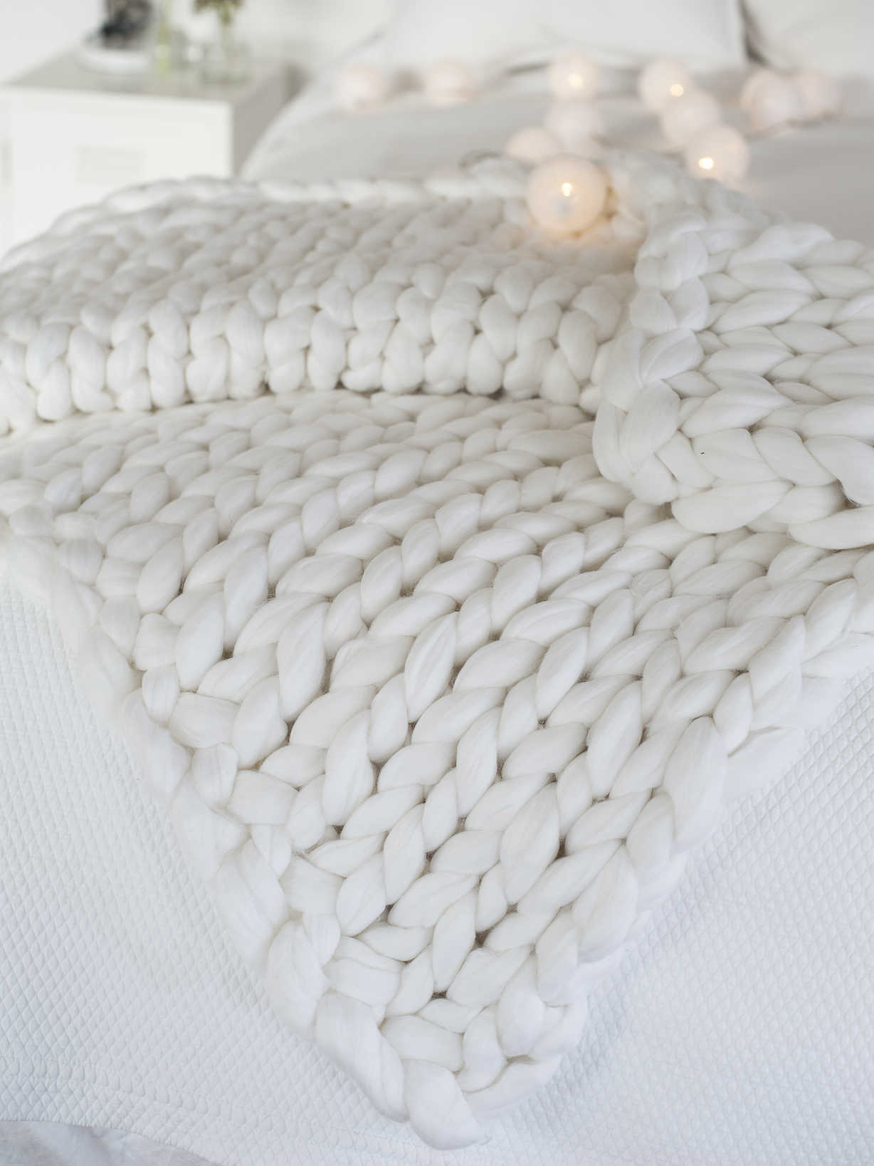 Nordic House Super Chunky Knit Blanket - Winter White