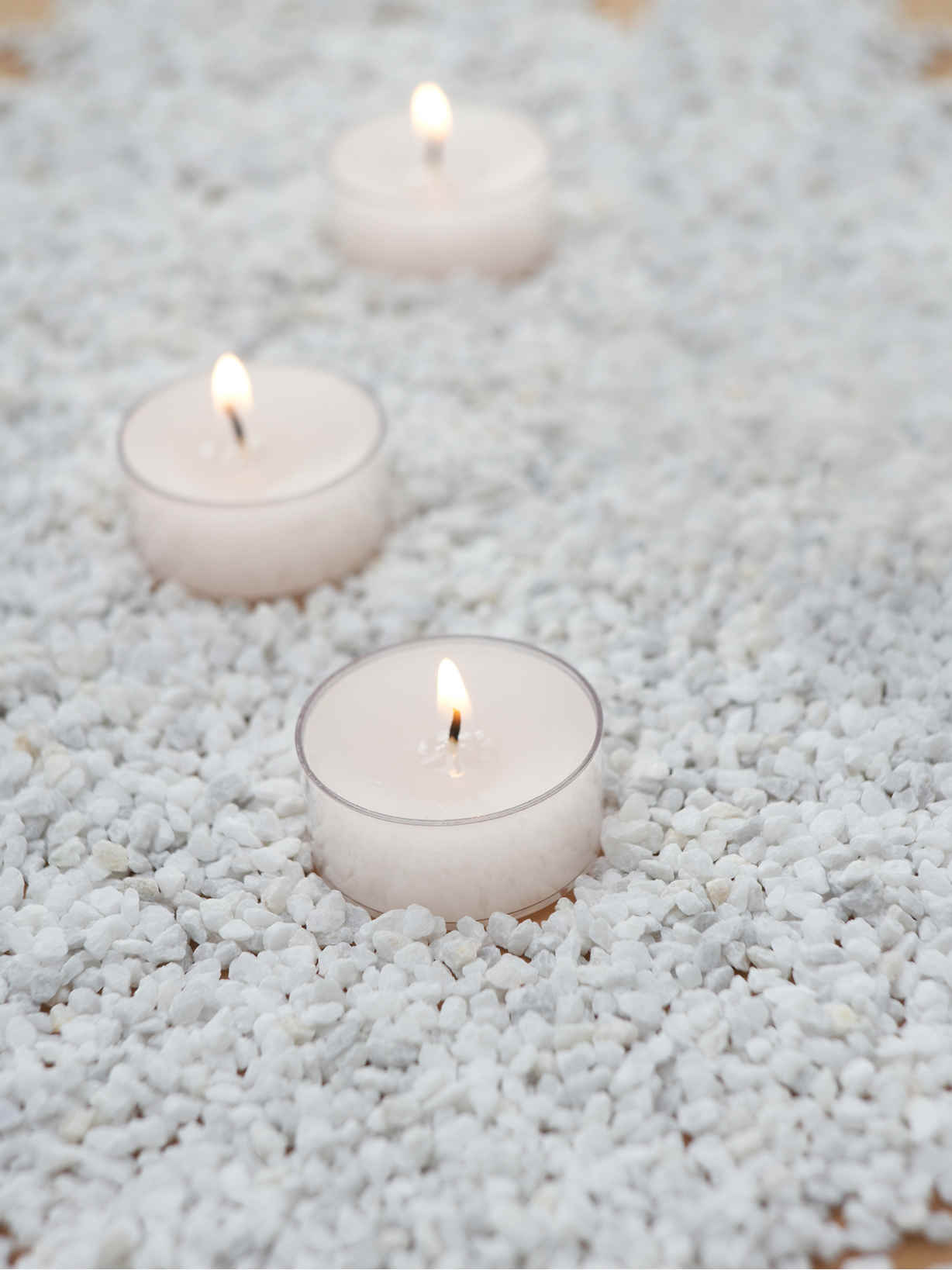 Nordic House White Candle Gravel
