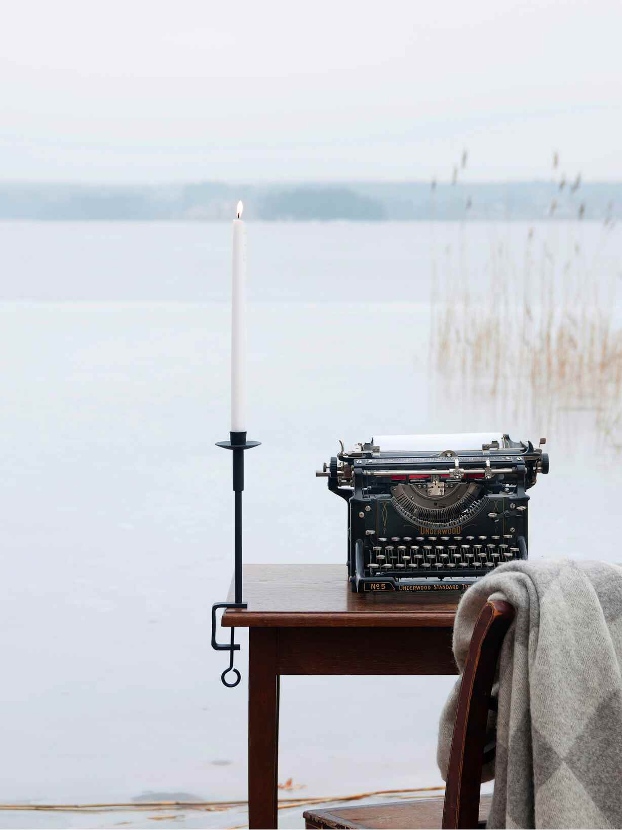 Nordic House Chic Candle Holder