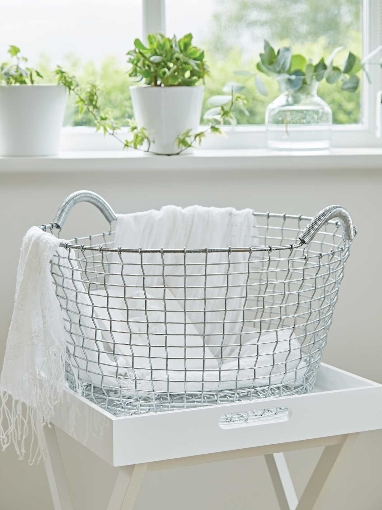 Nordic House Heirloom Hand-Woven Basket - G35L