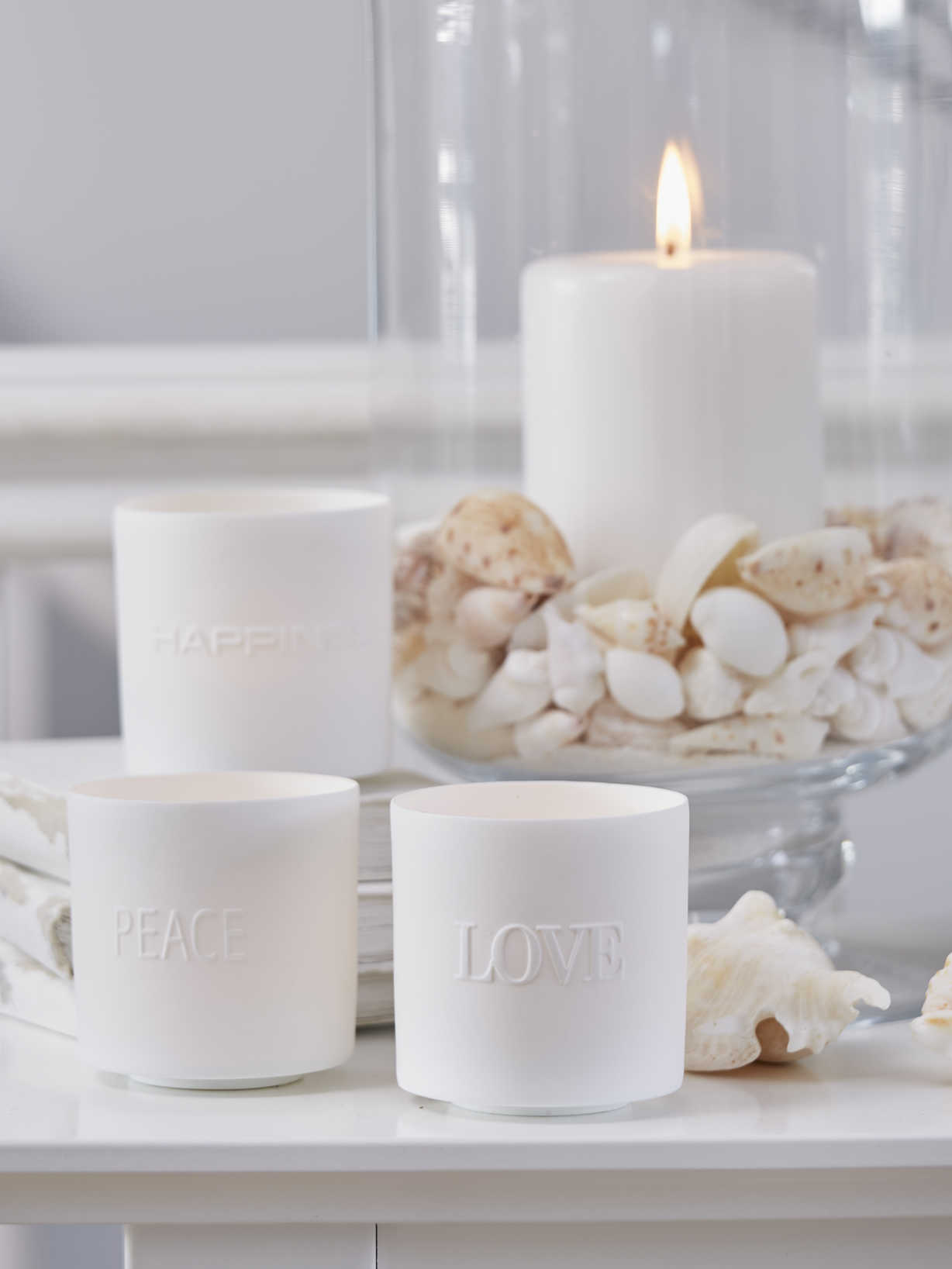 Nordic House Love, Peace & Happiness Tealight Set