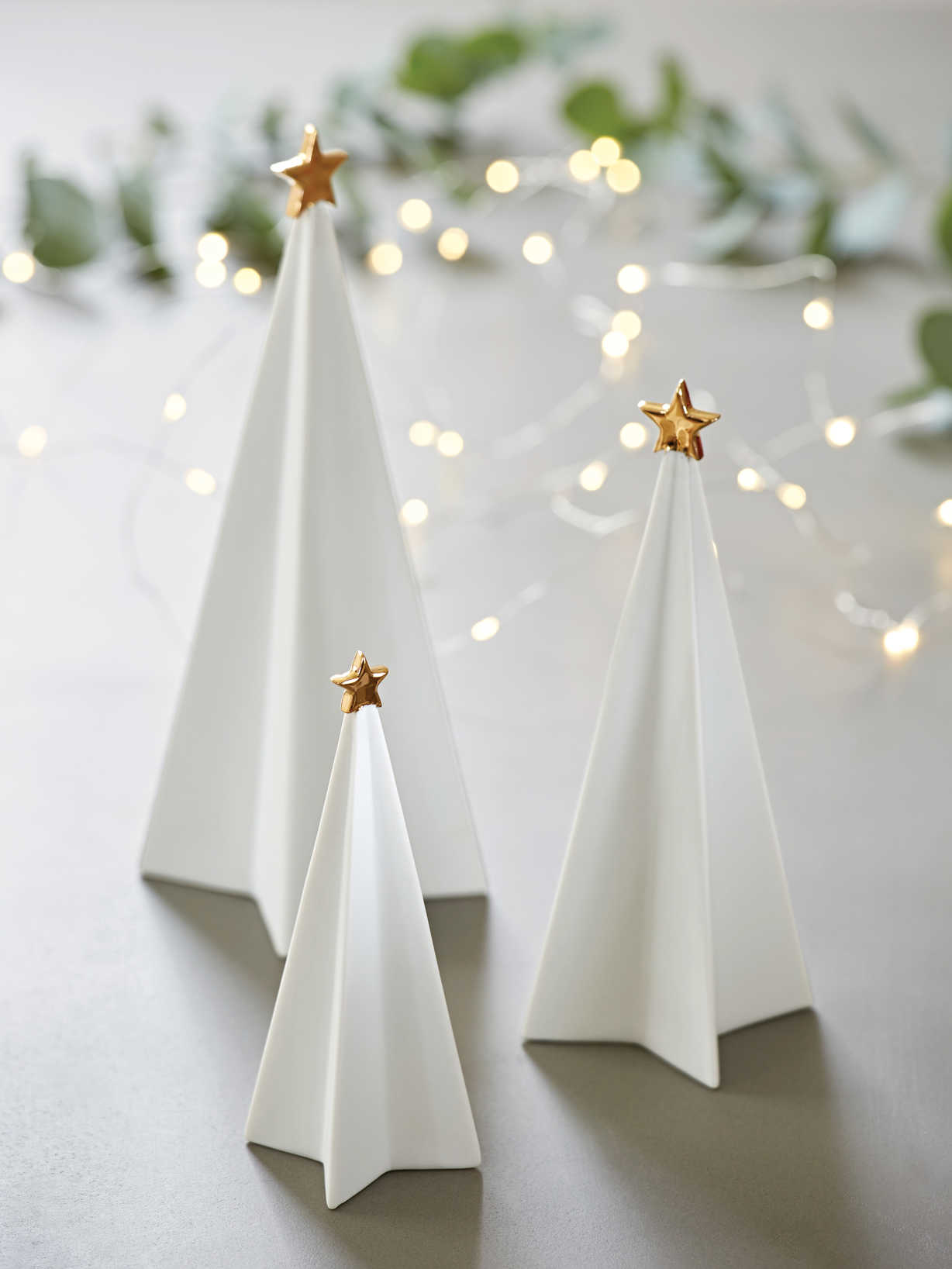 Nordic House White Porcelain Tree Set
