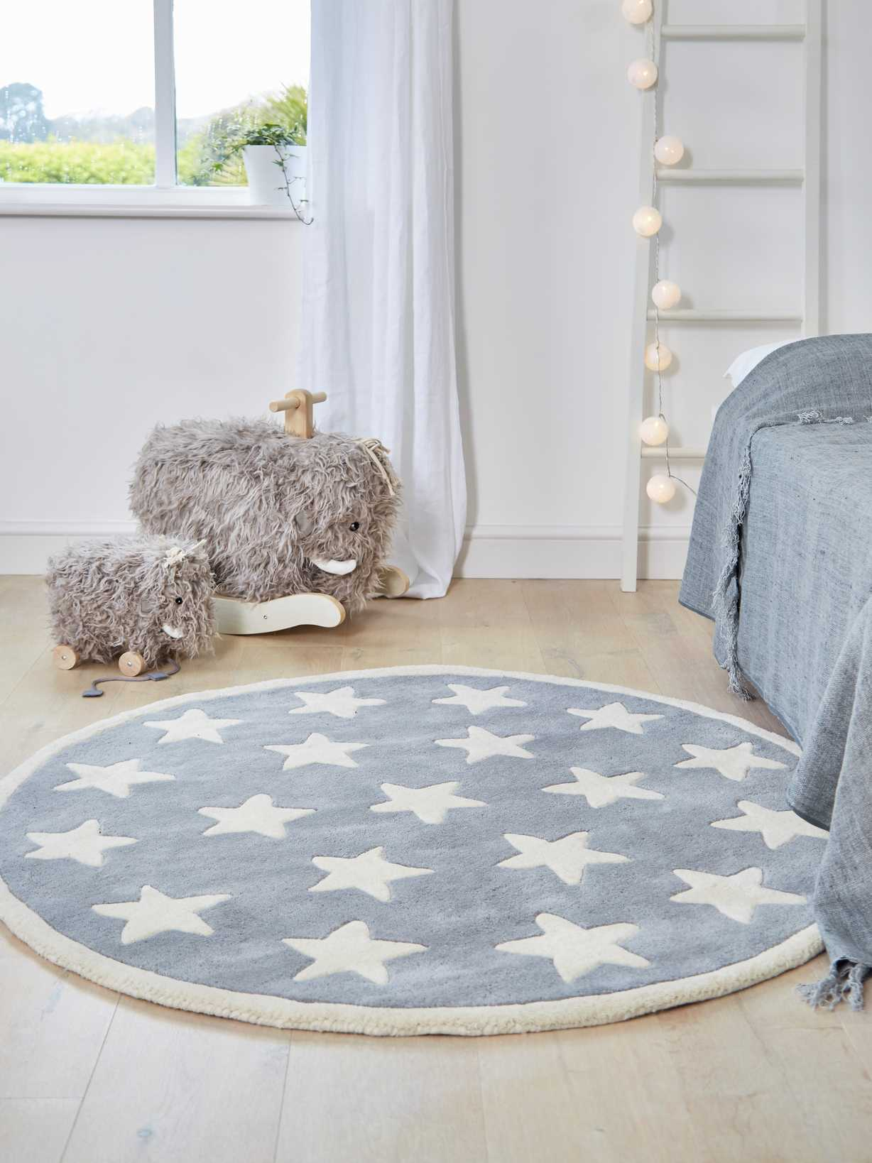 Nordic House Luxurious Round Star Rug - Grey