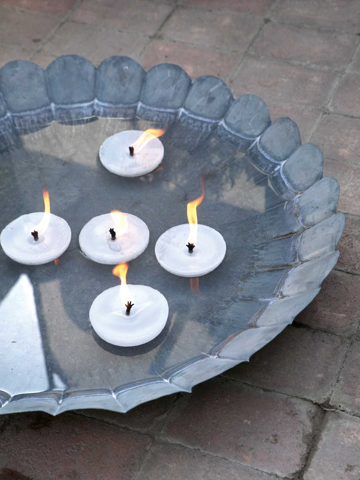 Nordic House Outdoor Floating Candles