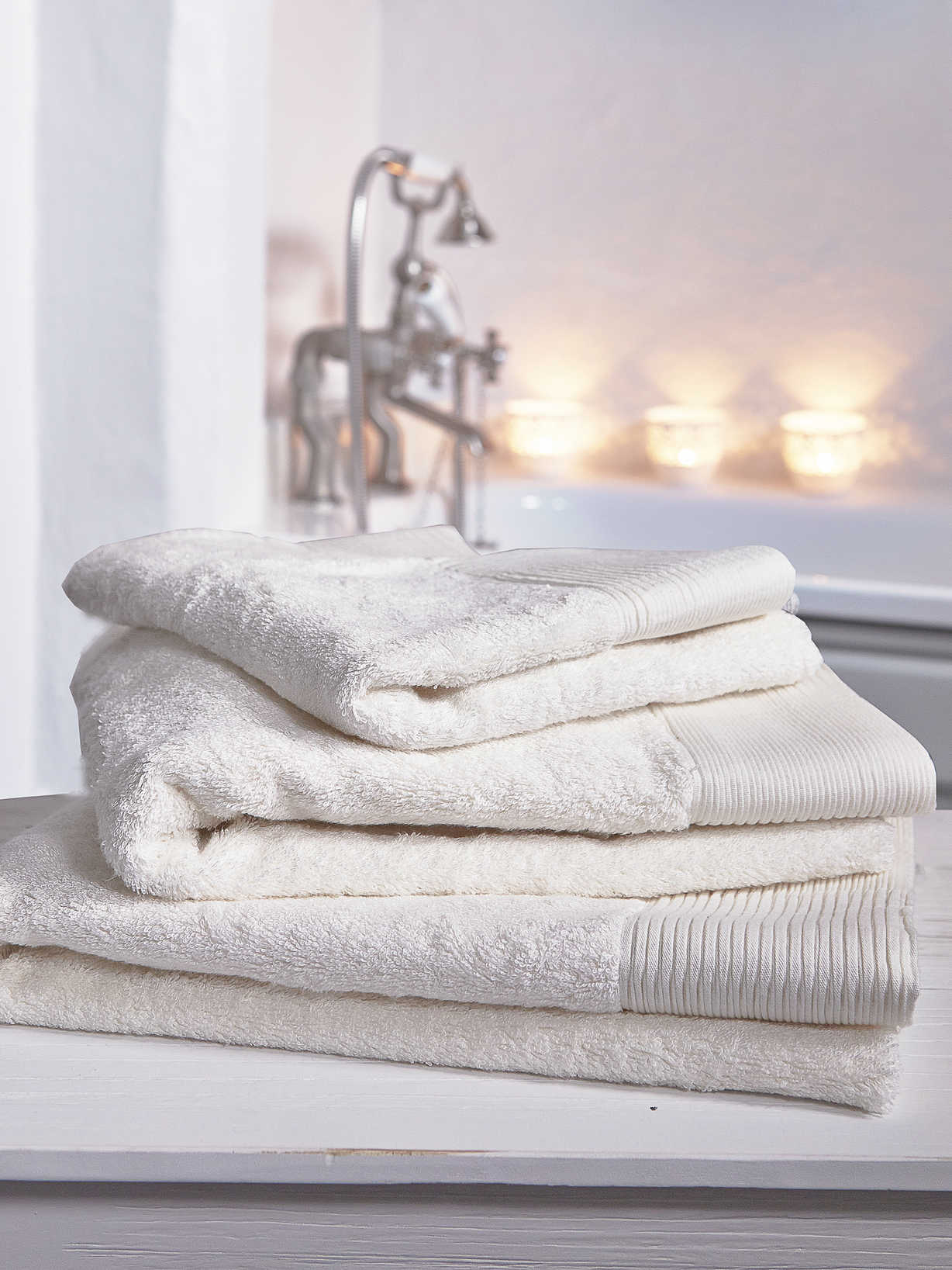 Nordic House Luxurious Soft Towels - Ivory