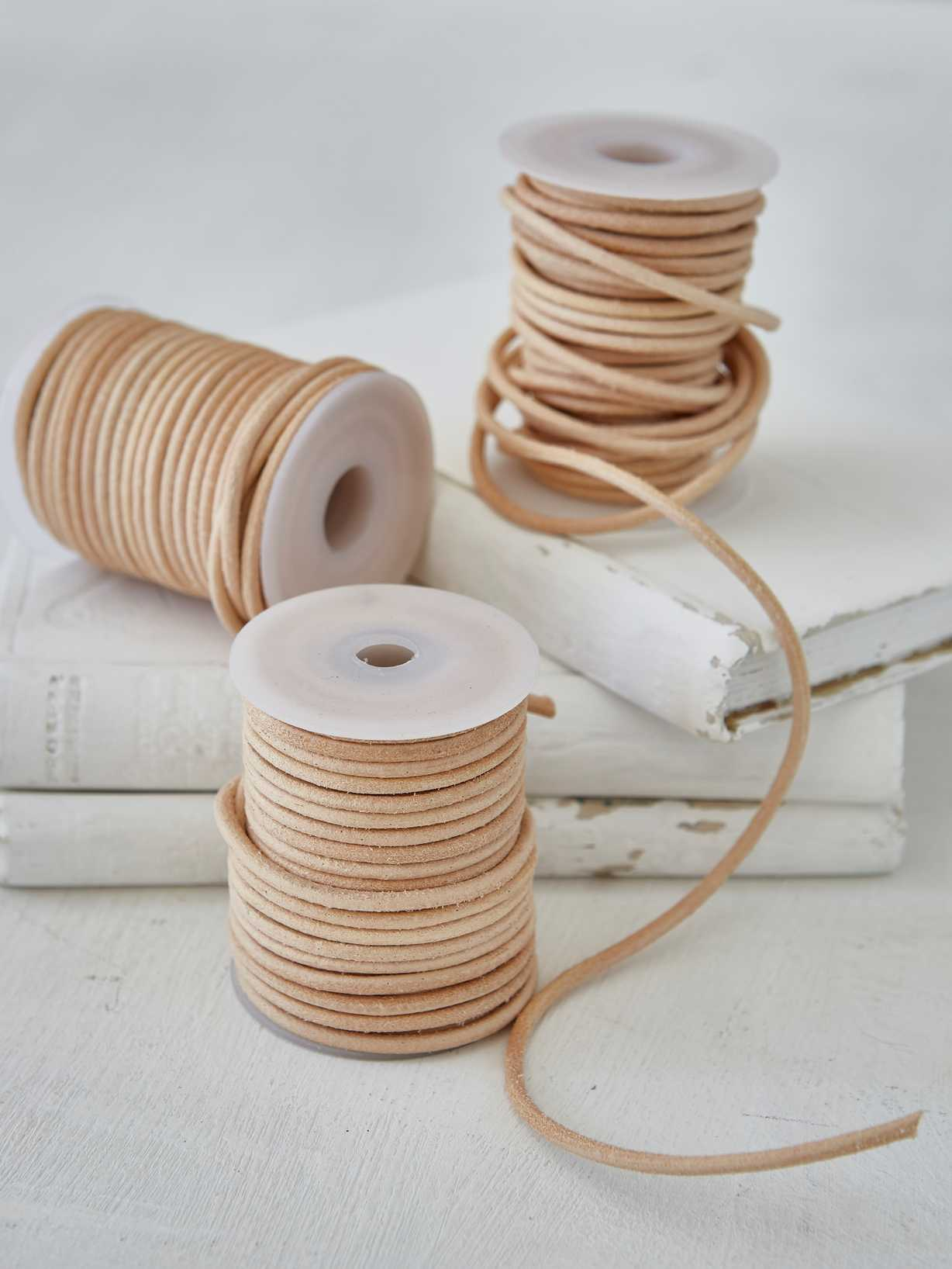 Nordic House Leather String Bobbin