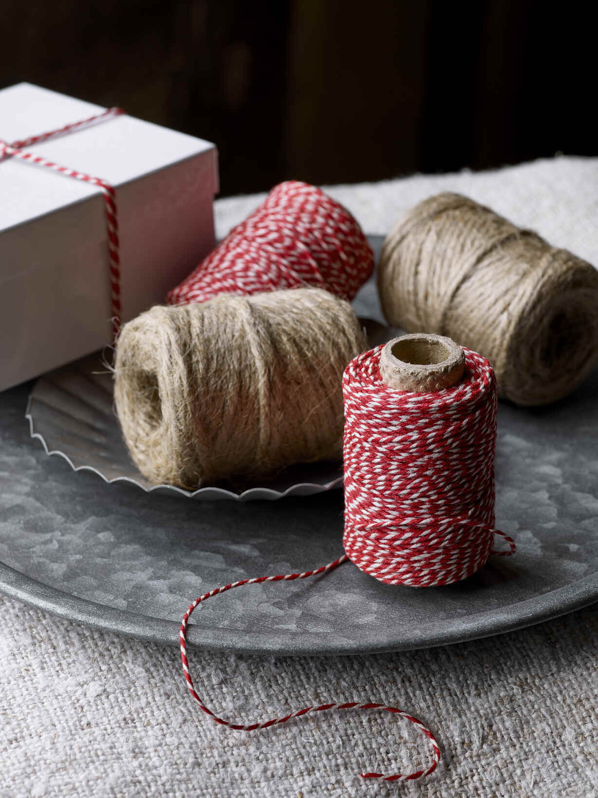 Nordic House Red & White Wrapping String