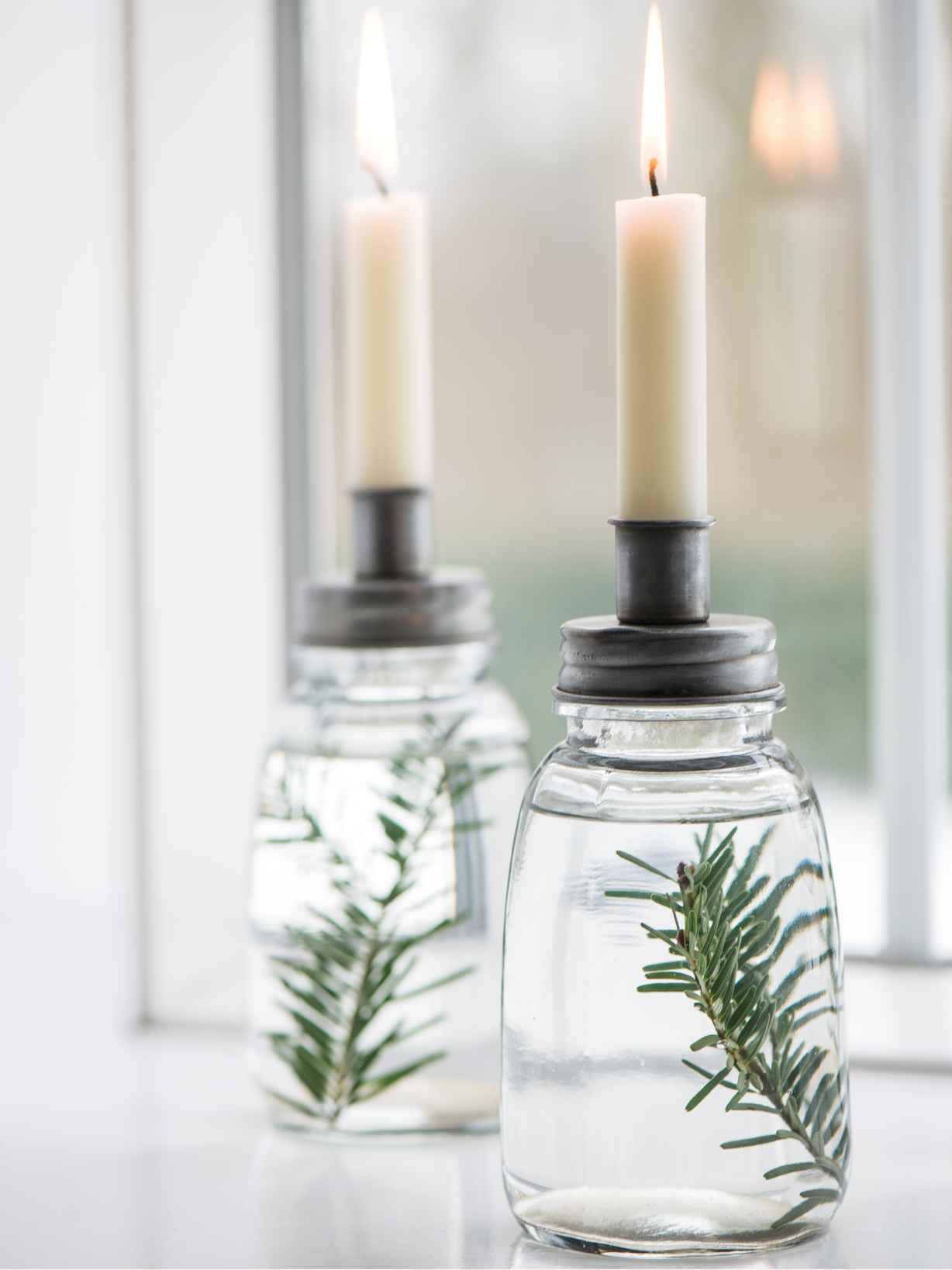 Nordic House Retro Jar Candle Holder