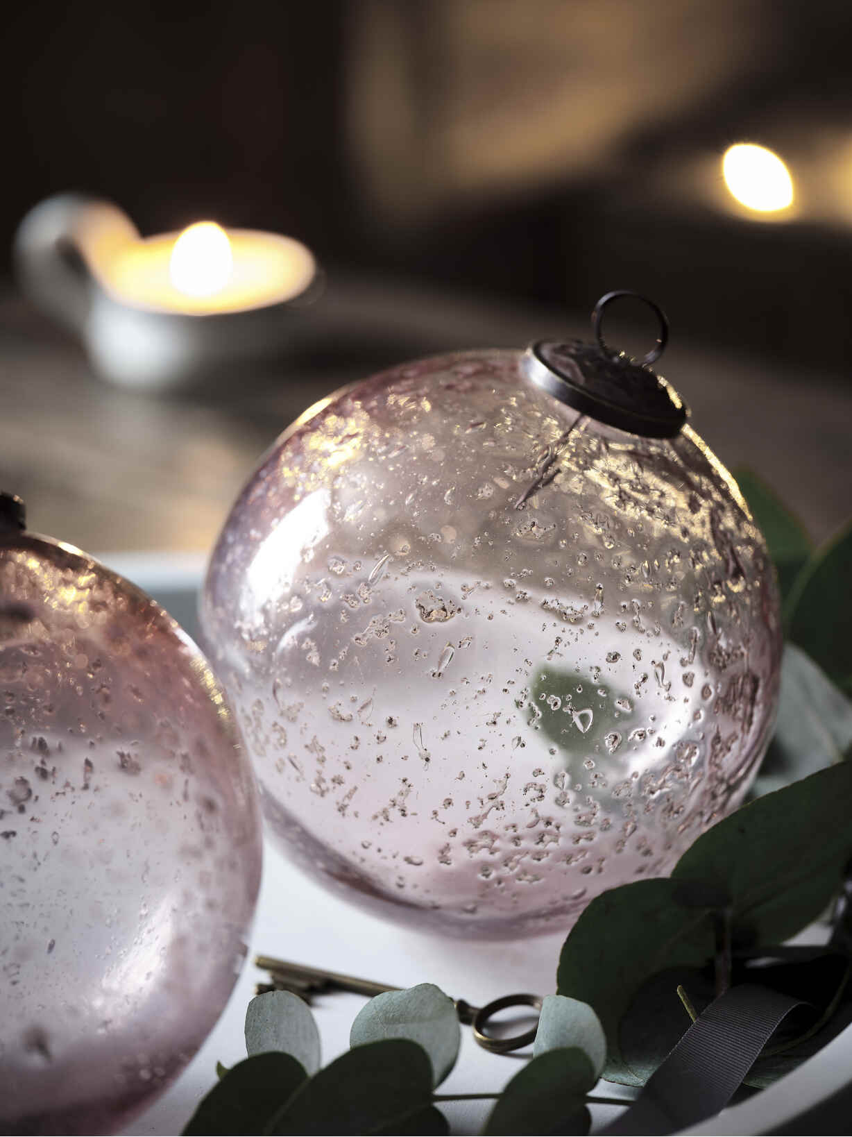 Nordic House XL Vintage Rose Glass Bauble