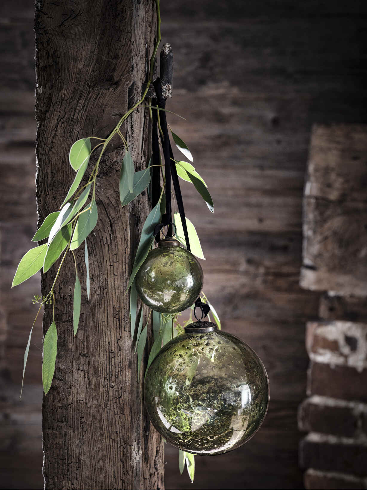Nordic House Vintage Glass Baubles - Green