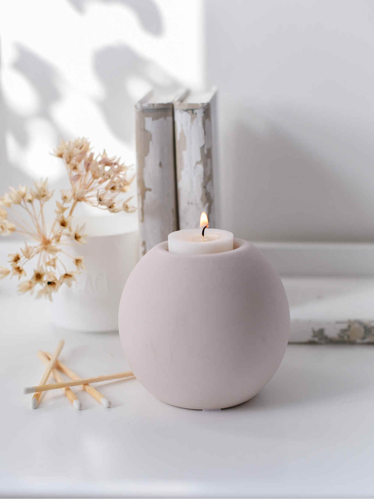 Nordic House Nordic Tealight Holder - Blush