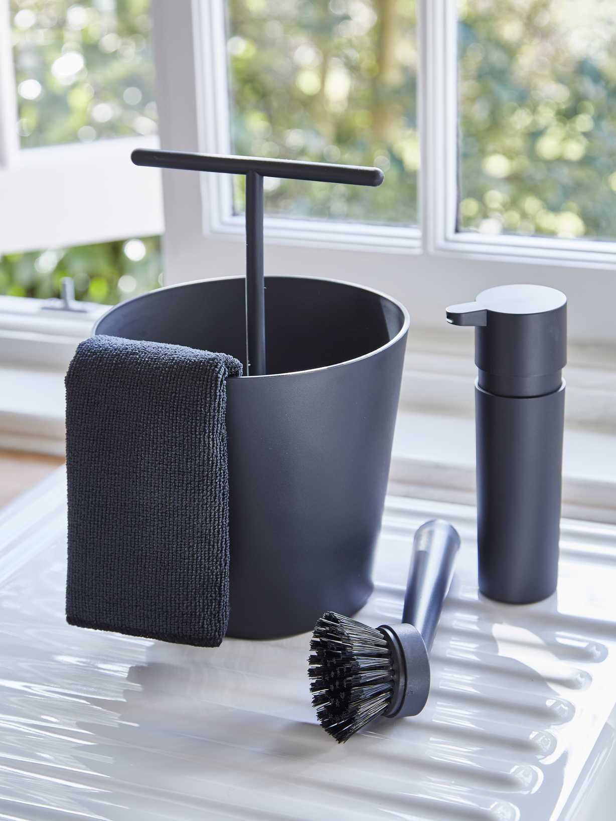 Nordic House Danish Kitchen Utility Set - Black