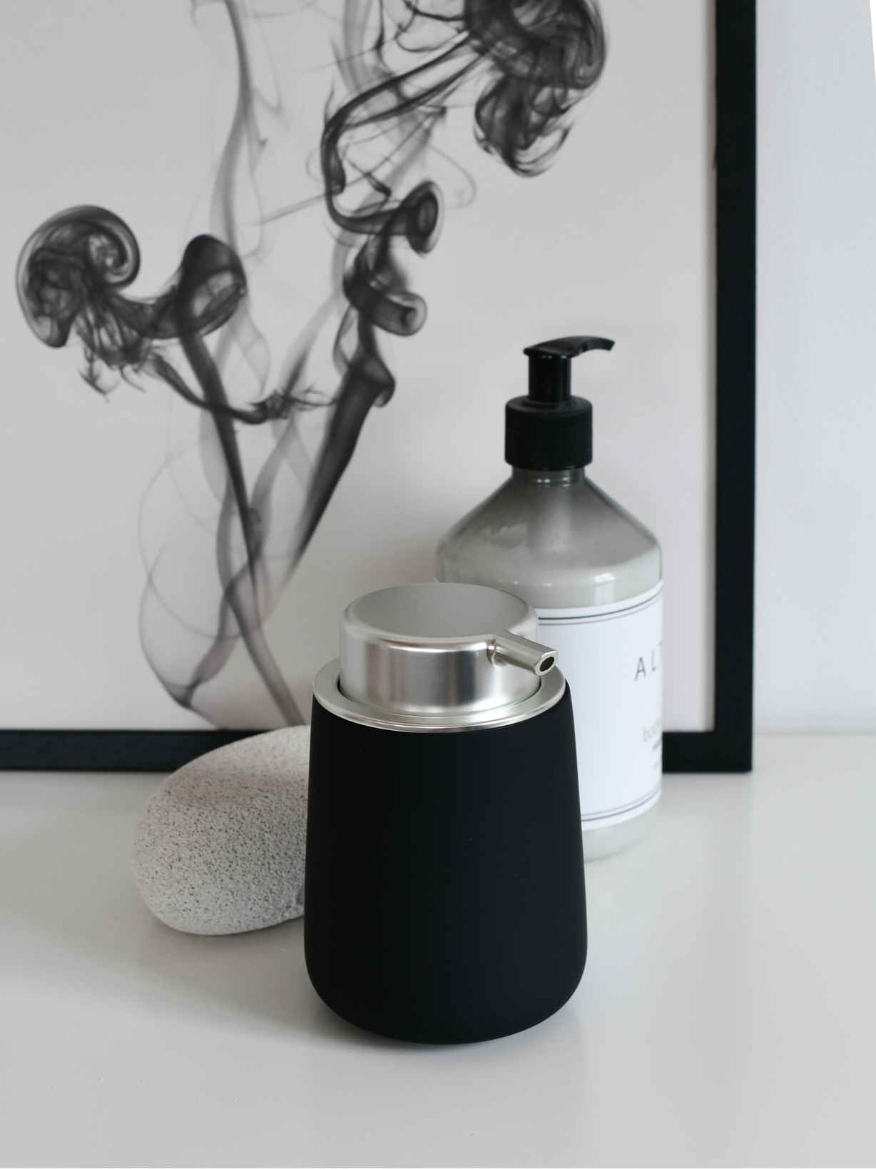Nordic House Black Soap Dispenser