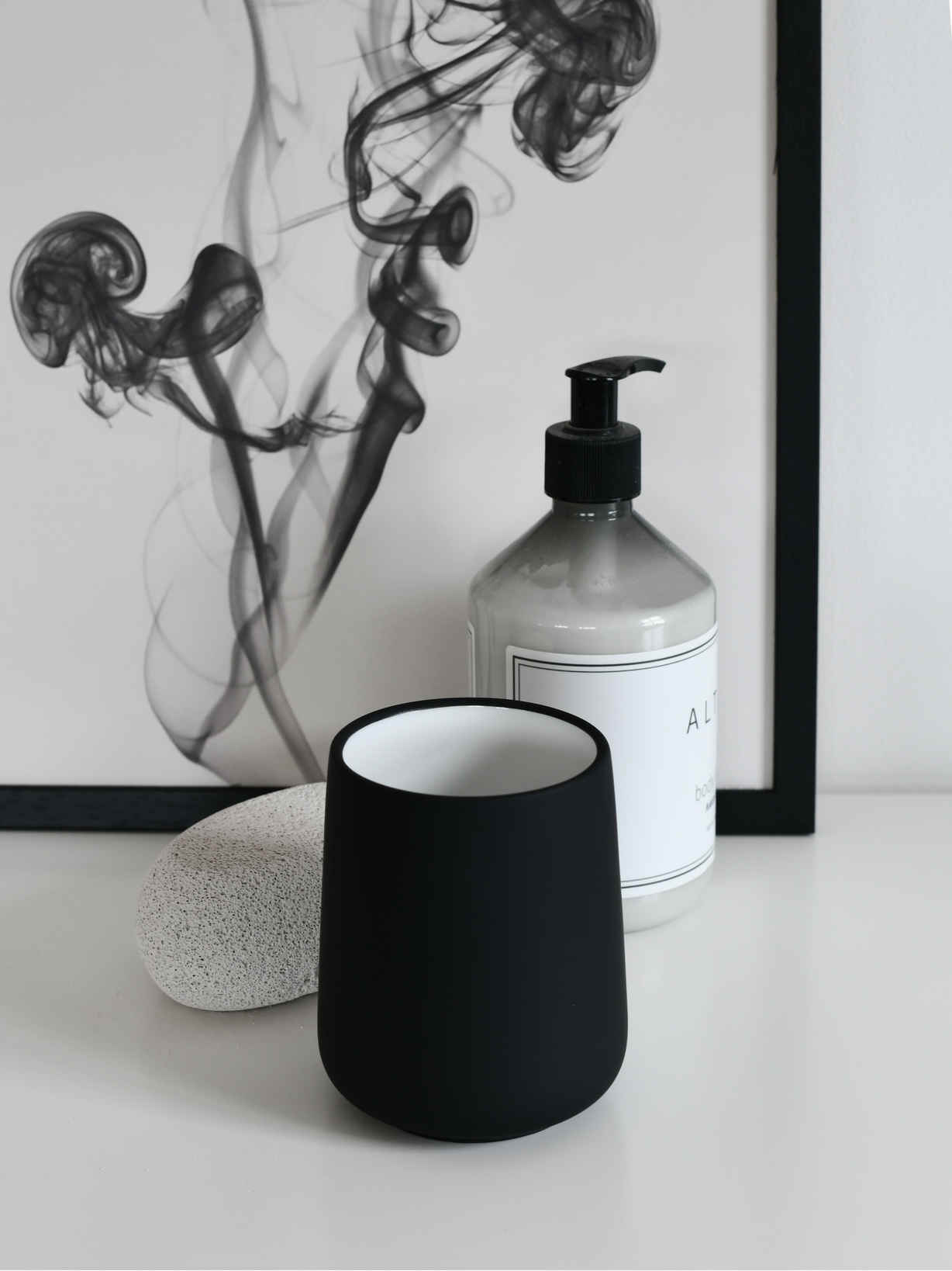 Nordic House Black Toothbrush Mug